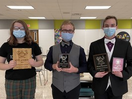 IHS STUDENTS QUALIFY FOR NATIONAL SPEECH AND DEBATE TOURNEY