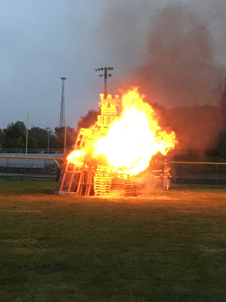 Homecoming bonfire 2019