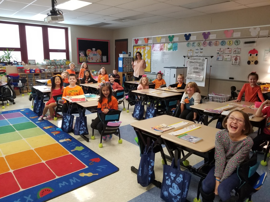 Mrs. Zukowski's 1st grade class showing their unity in ORANGE!