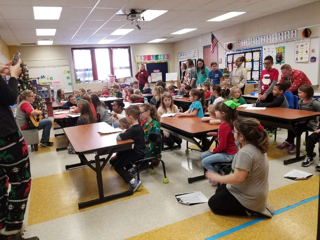 Mrs. Bayhurst's and Mrs. Kehl's Kindergarten classes